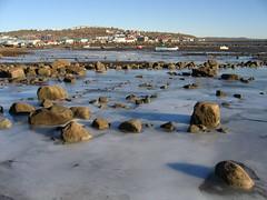 Iqaluit, Nunavut, Canada, 8 octobre 2007 (tumitaittuq) Tags: winter snow canada ice nature water eau quebec hiver north arctic qubec inuit neige polar paysage nunavut saintlaurent nord glace arctique fleuve baffinisland polaire iqaluit landcsape glaceeaunatureneigehiverroches qikirtaani