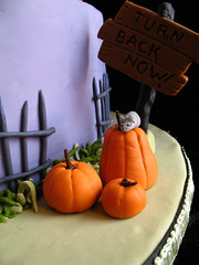 haunted house on a hill cake