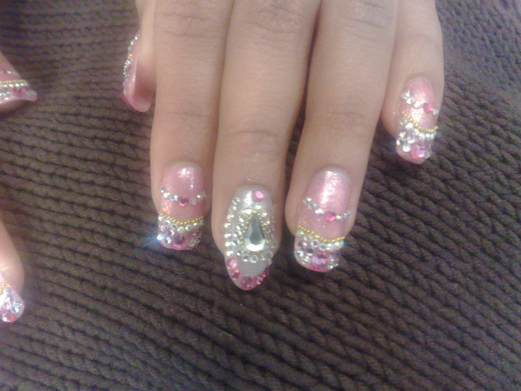 wedding nail arts, arts of wedding, nail designs for wedding, nails in wedding, nail styles in wedding