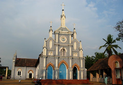 Kochveli palli (D e e p s) Tags: india church evening kerala trivandrum kochuveli