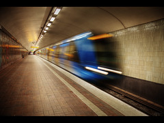 In the subway (Kaj Bjurman) Tags: underground subway eos sweden stockholm 5d sverige hdr kaj cs4 bjurman 5dmkii tunnbelbana