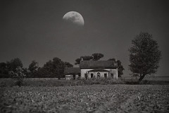 (dpietzuch) Tags: county moon white house black abandoned franklin nikon farm indiana raymond tc200 80200mmf28 dpietzuch