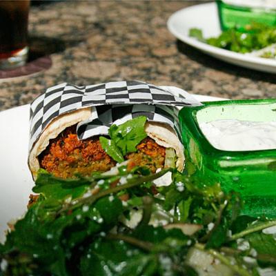 lola-falafel2