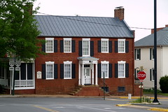 Holladay House B&B in Orange, VA (constructed 1830) (lreed76) Tags: oldhouse bb orangeva