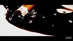 [il fumo..uccide] (NaNa [supergirl]) Tags: life friends red macro male blood kill smoke salute health marlboro amici rosso cena soe fa forte vita sangue fumo sigarette fumare sigaretta cenere uccide mozzicone messaggio riflessioni