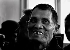 golden smile (jobarracuda) Tags: china chinese oldman goldteeth fz50 houjie panasoniclumixdmcfz50 jobarracuda laodaye