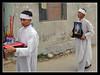 Funeral procession 4 (Jom Manilat) Tags: white asian photo vietnamese vietnam hoian funeral aficionados funeralprocession aficinonados sorrower