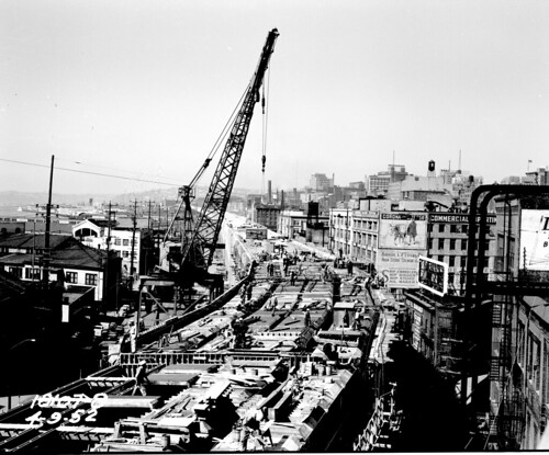 Alaskan Way Viaduct under construction, 1952