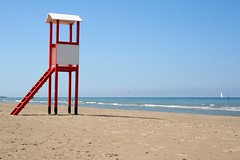 Open auditions for Baywatch. (~ielle~ ilarialuciani.com) Tags: sea italy seascape primavera colors spring mare postcard iaia ila colori spiaggia marche baywatch cartolina beah bagnino abigfave ilarialuciani top20beaches spainitalyes openauditionsforbaywatch
