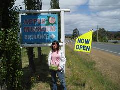 PC170023 (Blake the Black) Tags: apple tasmania tassie huonville