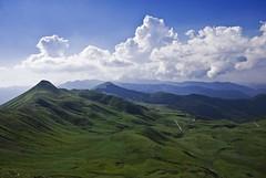 green valley (Francesco [francepics]) Tags: blue sky verde green clouds nikon nuvole blu mountainbike sigma valle cielo valley 20mm toscana naturesfinest blueribbonwinner supershot mywinners abigfave colorphotoaward aplusphoto diamondclassphotographer flickrdiamond d40x goldstaraward appenninopistoiese