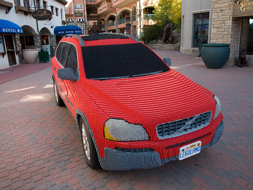 Red Lego Volvo XC90