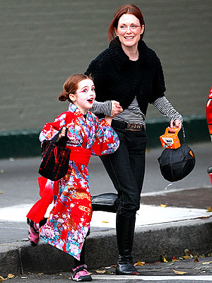 Julianne Moore and daughter Liv Helen