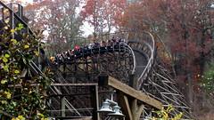 Thunderhead (SluggoBear) Tags: wooden tn tennessee bears pigeonforge adventures dollywood thunderhead rollercoasters woodie
