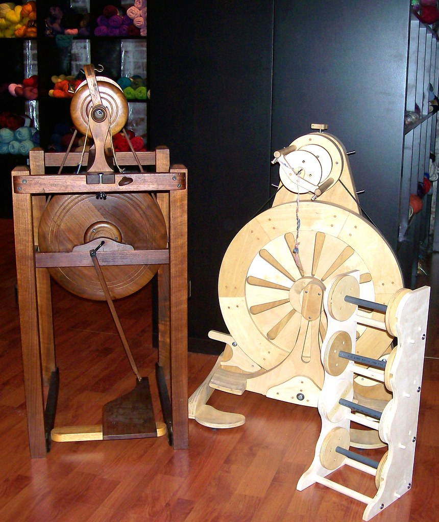California Bulky Spinner and Mach1 spinning wheel