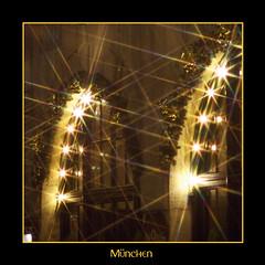 München (RiesenFotos) Tags: germany munich bayern bavaria abend nacht beleuchtung lichter farben quadrat münchen riesenfotos