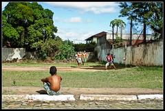 Futebol. (peridapituba) Tags: game ball football kid soccer grow m42 flektogon alpha bola 700 crianças jogo manualfocus futebol focomanual pelada growup brazilianfootball czj alpha700 m42czjflektogon