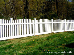 รั้วPVC ราคารั้วสำเร็จรูป แบบรั้วหน้าบ้าน แบบรั้วบ้านสวยๆ