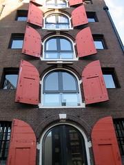 Red strands ([Pierrot]) Tags: amsterdam mokum