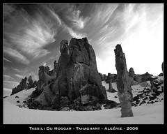 Tassili du Hoggar (jpmiss) Tags: africa blackandwhite bw sahara algeria al desert noiretblanc nb algrie afrique hoggar  jazair tassiliduhoggar olympuse510 jpmiss tahaghart