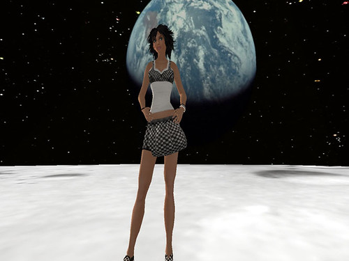 Luna_008.bmp