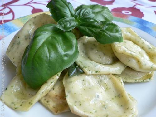Homemade Ravioli with Basil Ricotta Filling