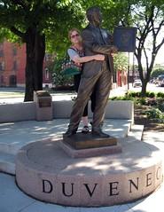 Duveneck Statue (elycefeliz) Tags: summer kentucky sommer zomer verano  t  sumar covington haf natsu  simmer    zumer musimpanas june2008   xitin