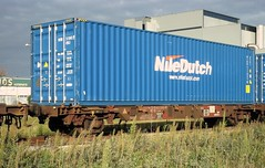 """Niledutch container on a """"Touax"""" containercar (Arnold van Heyst) Tags: amsterdam train trains container trein westhaven westpoort containercar containertrain goederentrein containertrein awhv niledutch containerwagen touax containerwagon"""