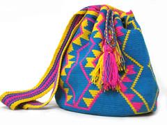 Llegaron ms mochilas!!! (pinkkfreakk) Tags: artesanias mochilas wayuu