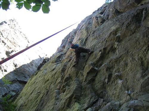 Camilla klättrar Luftslottet direkt, 6c+