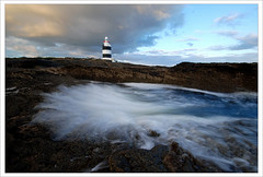 Hook Head Lighthouse (Janek Kloss) Tags: ireland sea irish lighthouse coast photo foto fotograf shot image photos head south wave tourist irland eire fotka east celtic hook fotografia wexford operating oldest attraction zdjecia irlanda ierland  zdjecie fotki irlandia    top20ireland lirlande fotosy    moli516
