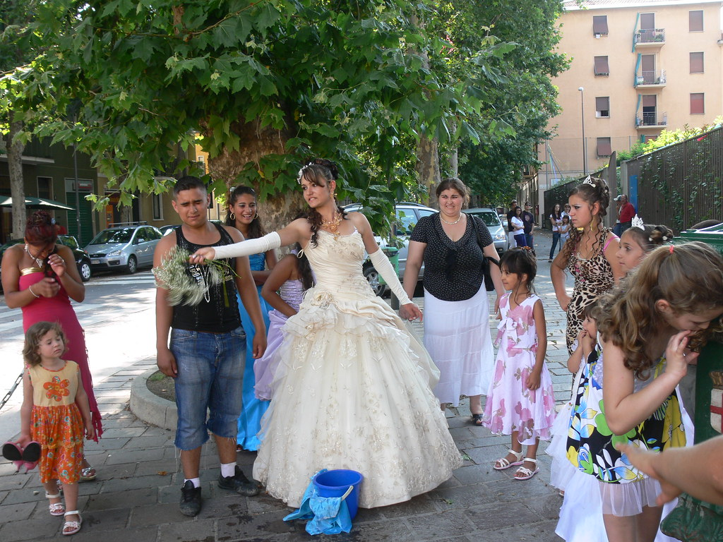 Matrimonio Zingari Rumeni : The world s newest photos of matrimonio and zingari