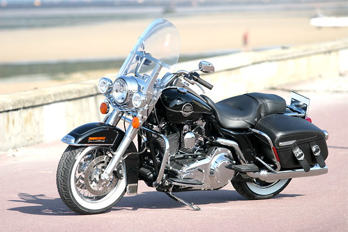 Road King Classic, vivid black