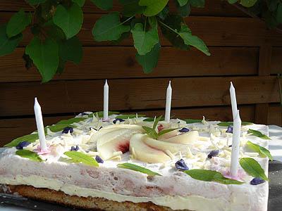 gâteau pêche-verveine.jpg