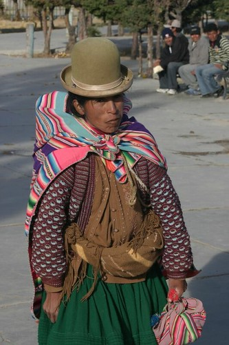 Indigena in Patacamaya, Bolivia.