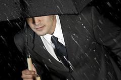 Lluvia (felipe trucco I www.trucco.photography) Tags: man male rain umbrella lluvia ejecutivo paraguas hombre yuppie