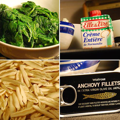 Cicatelli with Spinach, Cream & Gorgonzola