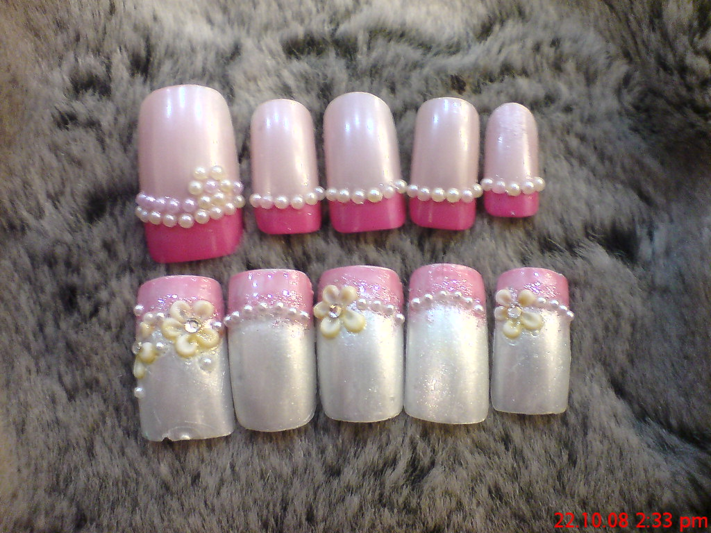 Nail arts spa pearls nail art pearl nail designs prinsesfo Image collections