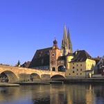 Regensburg: Stone Bridge and dome
