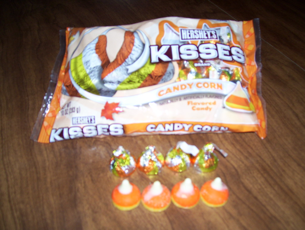 Candy Corn Kisses - MI00069