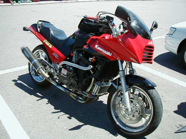 Kawasaki GPZ-R 900 et 750, 1000 RX, ZX 10 TOMCAT 3041552203_cd437ae28e_o