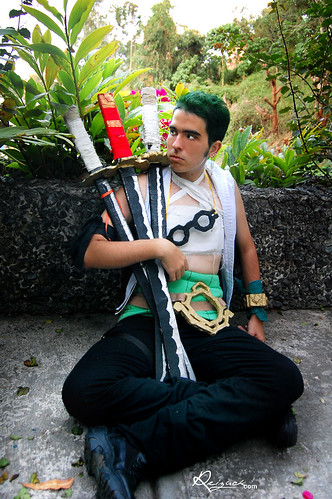 One Piece Zoro Foto Cosplay
