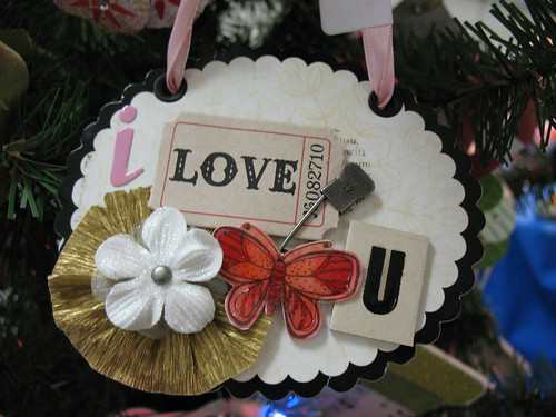 I Love U Vintage Ornament