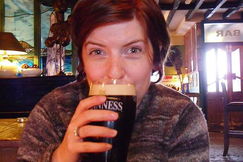 leandra drinking guinness