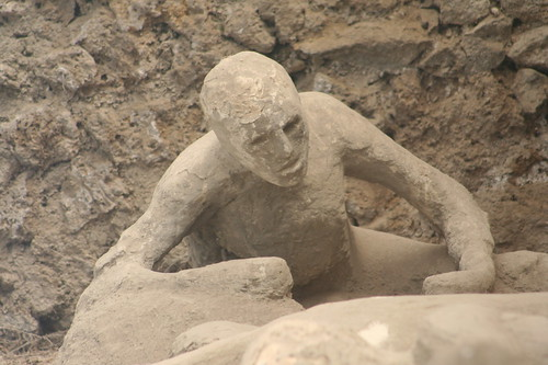 Pompeii Immortalized Death By Volcano Eruptions