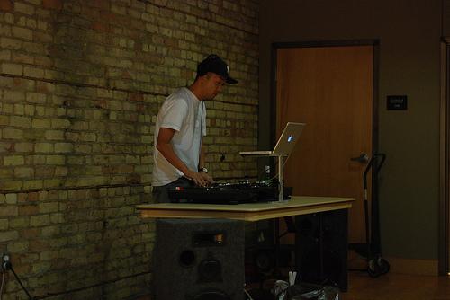 DJ Nak