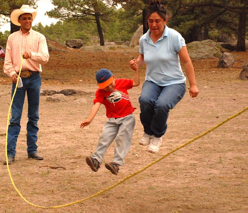 Gaby and Victor jumping rope