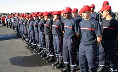 Revue des troupes (S.N.S.M Sainte-Marie, Runion) Tags: rappel jsp runion drapeau dfil pompiers sssm plongeur snsm grimp prfet