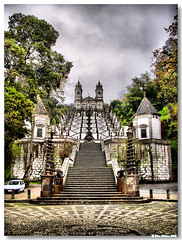 Braga_Bom_Jesus_escadaria06 (vmribeiro.net) Tags: portugal baroque braga barroco bomjesus escadório ilustrarportugal sérieouro assetemaravilhasdebraga