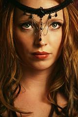 red witch (Bittersweet-Silence) Tags: face gesicht redhead augen lippen kopfschmuck rothaarig